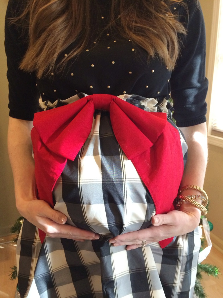 preppy-pink-shop-christmas-skirt-leahtackles.jpeg