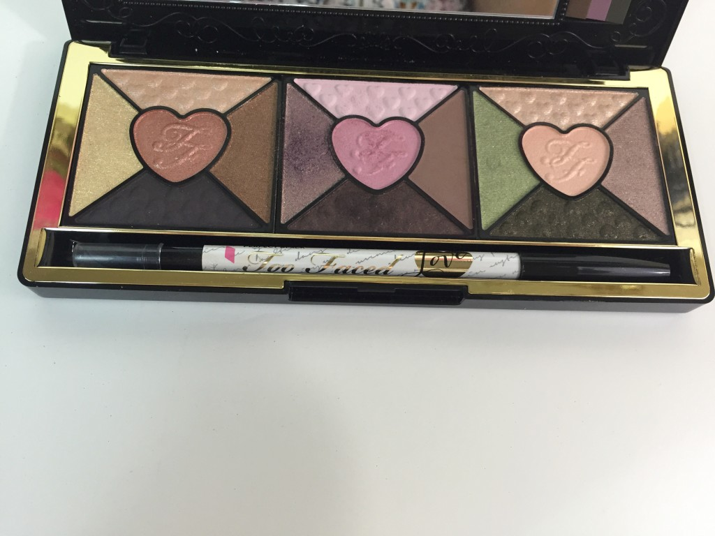 TooFaced-LovePalette-LeahTackles.jpeg