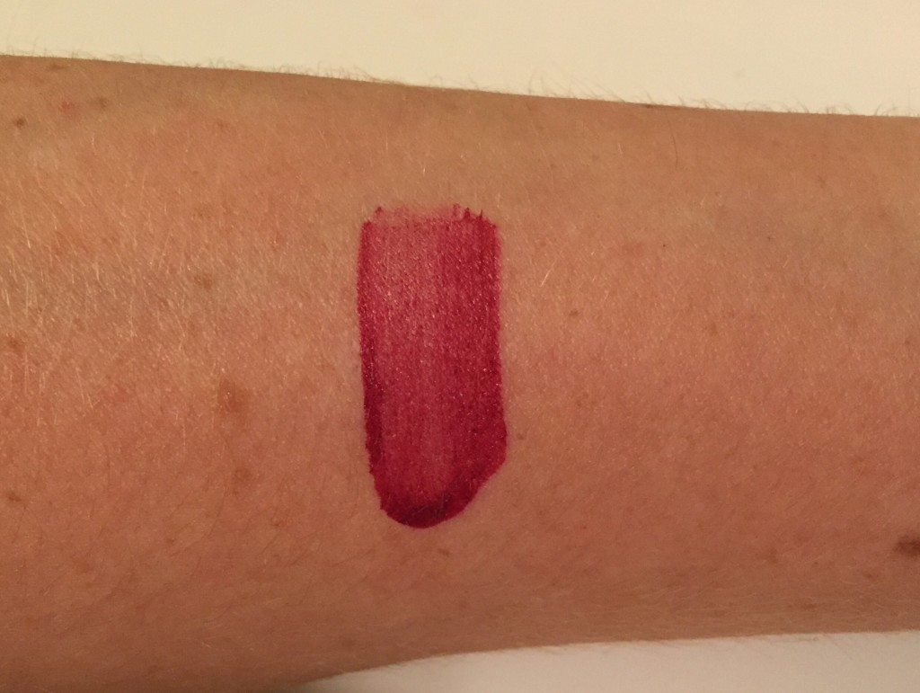 younique-stiffupperlip-sultry-swatches-review-leahtackles.jpeg